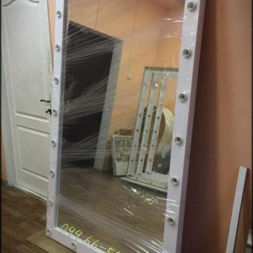 Купить в Киеве большое настенное зеркало для дома, салона красоты, магазина