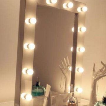Гримерное зеркало визажиста с подсветкой лампочками, цвет рамы - бежевый